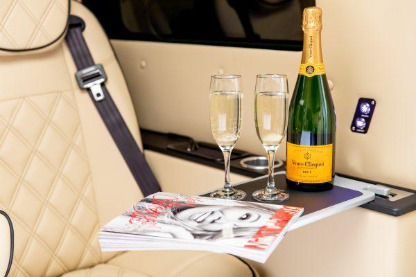 NTD ChauffeurJet7 Champagne